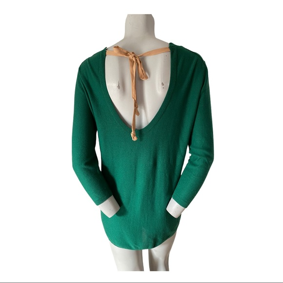 Aritzia T Babaton Bailey Sweater XS fits M